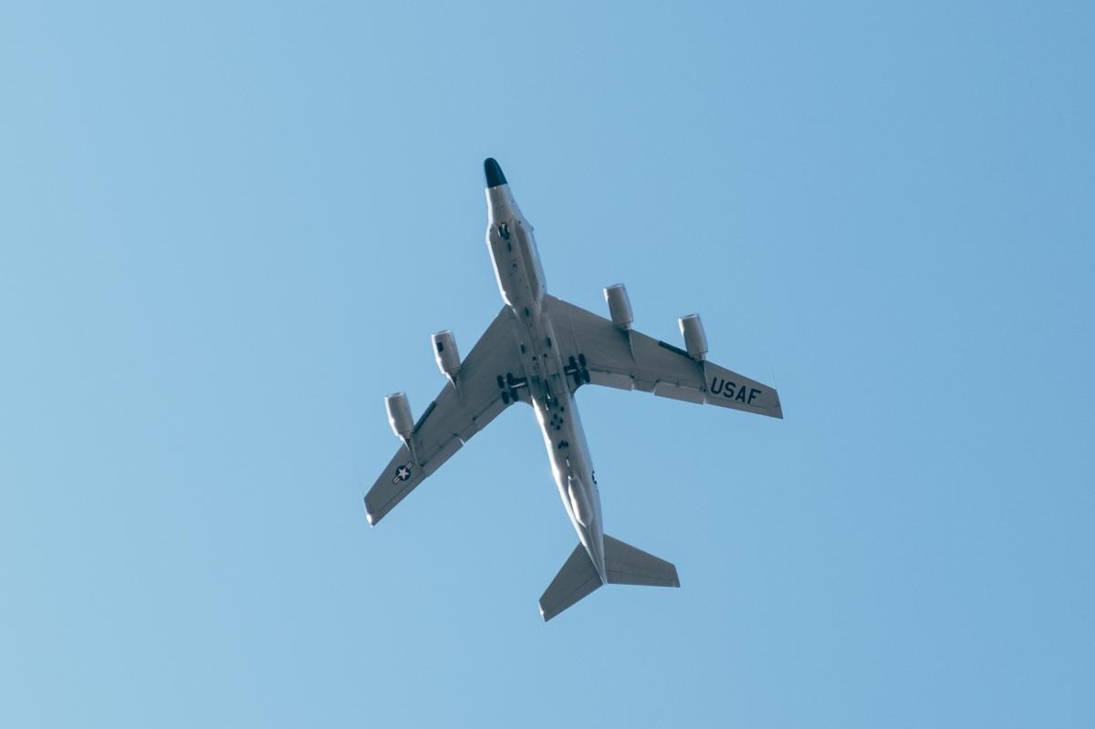 plane-overhead_25722712807_o